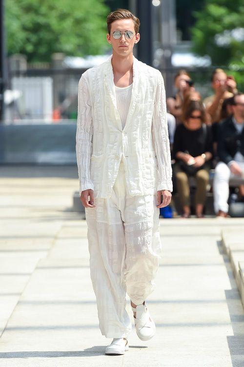 イッセイ ミヤケ メン 2017春夏コレクション - 真っ白なページは、旅を経て彩りを纏う