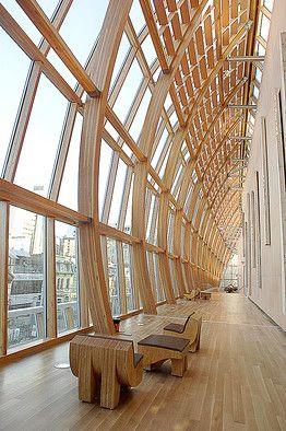 Inside the AGO upstairs - Italian benefactors