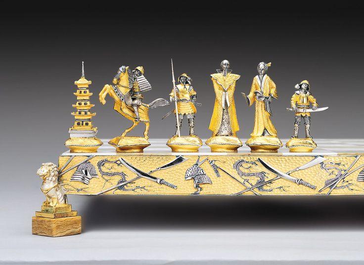 Samurai Gold and Silver Theme Chess Pieces
