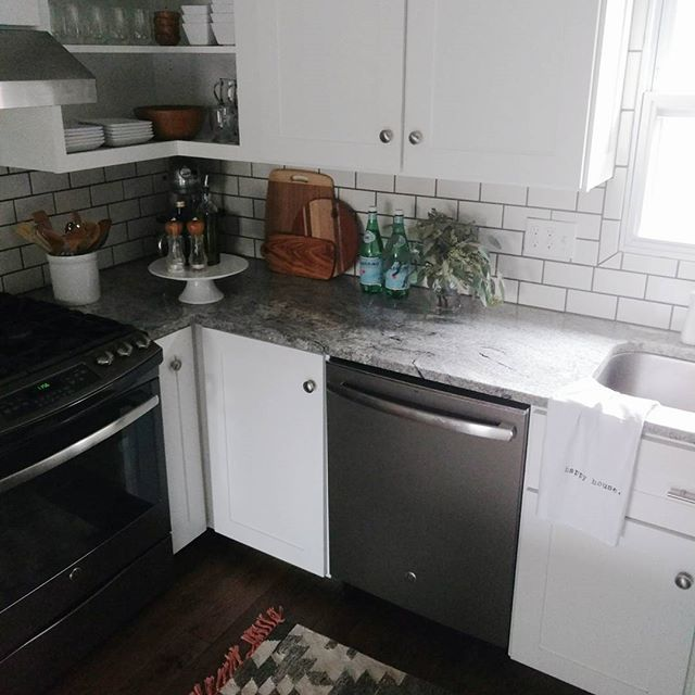 Grey Kitchen Cabinets And White Appliances: Best 25+ Slate Appliances Ideas On Pinterest