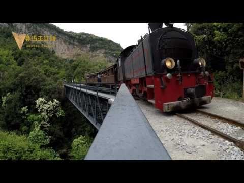 """Μαγική εναέρια βόλτα με τον """"Μουτζούρη"""" του Πηλίου. Magical aerial ride with the Train of Pelion - YouTube"""