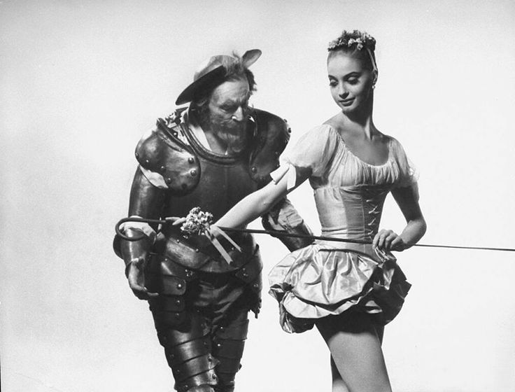 Джордж Баланчин и Сюзанн Фаррелл на примерке костюмов к балету «Дон Кихот», 1965