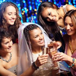 We provide wedding tips to help with your wedding planning, and tips to hire wedding profeddionals