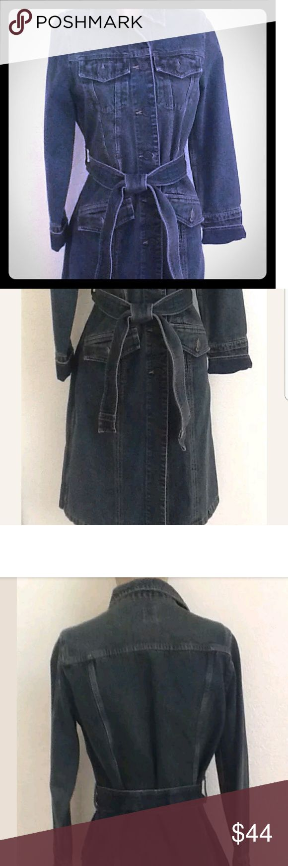 Gap denim dress coat This awesome denim trench is practically new, without any wear and tear! Bought it on a whim bc its beautiful!!! But i live in South Texas and havent gotten any use out of it! Perfect for upcoming fall weather!! GAP Jackets & Coats Jean Jackets