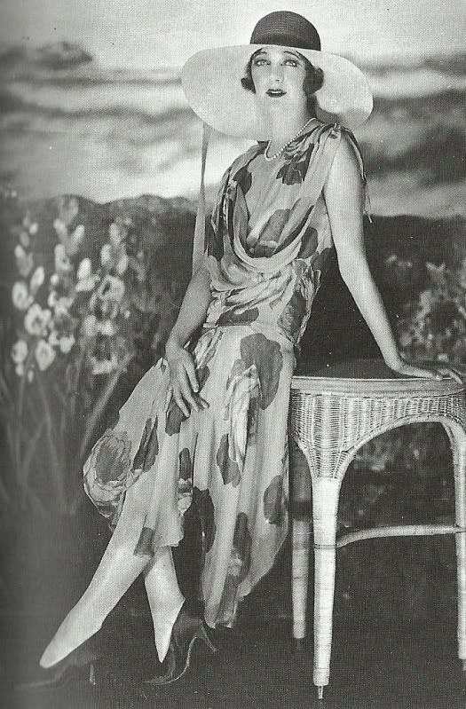 1920's Fashion - Gertrude Lawrence, 1928, Photo by James Abbe                                                                                                                                                                                 More                                                                                                                                                                                 More