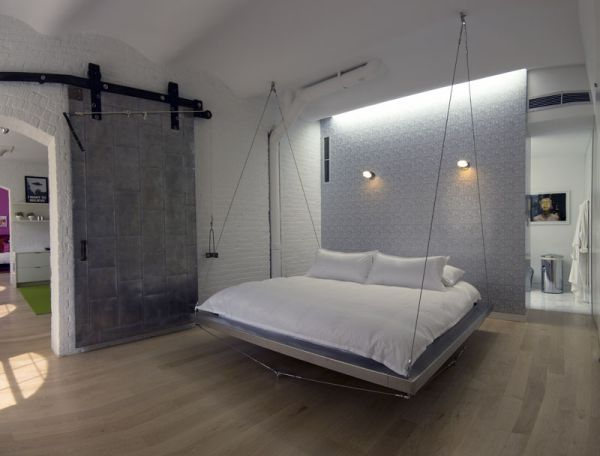 29 Hanging Bed Design Ideas to Swing in the Good Times   My new goal is to obtain this bed