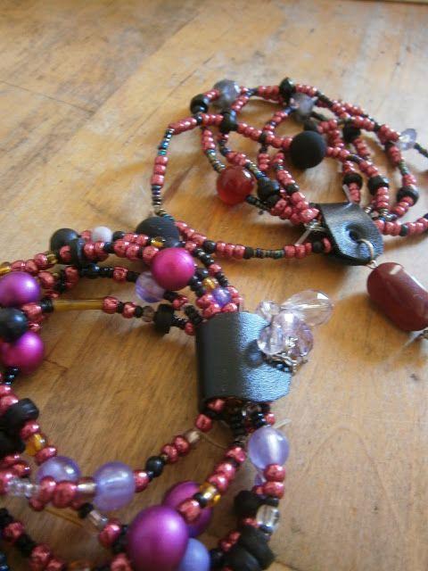 Diy - How to make beaded charm bracelet
