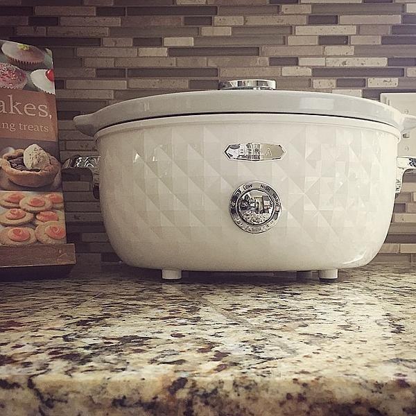 Bella Housewares | Diamonds Collection 6QT Slow Cooker in Diamonds Collection and Collections and kitchen appliances, colorful appliances, toasters, juicers, blenders