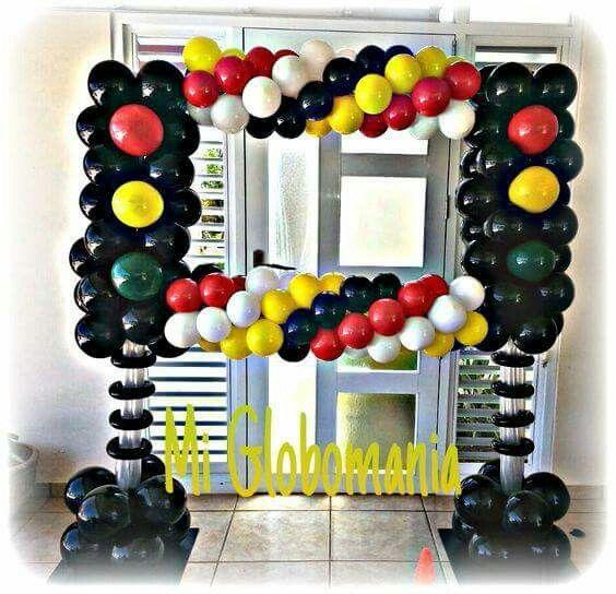 39 best balloon photo frame images on pinterest balloon for Balloon arch frame kit party balloons decoration