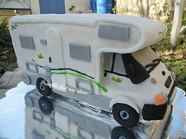 gateau camping car chausson prunillefee