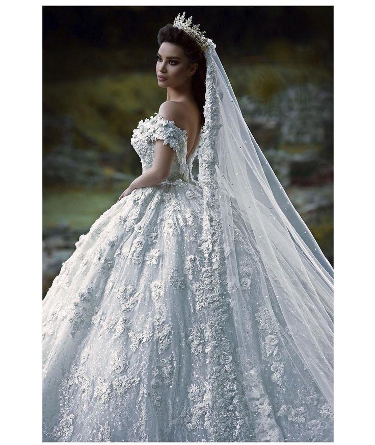 Best 25 wedding crowns ideas on pinterest wedding styles juxhin kurti photography span classemoji emoji1f4f7span junglespirit Gallery