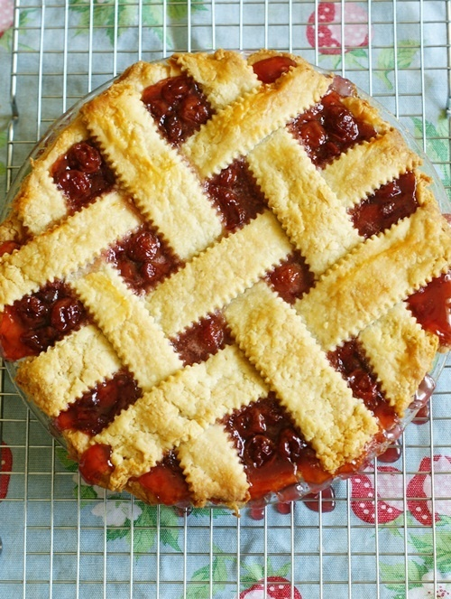 cherry pieDesserts, Tarts, Pies Creations, Pies Recipe, Pies Crusts, Food, Yummy Sweets, Random Pin, Cherries Pies
