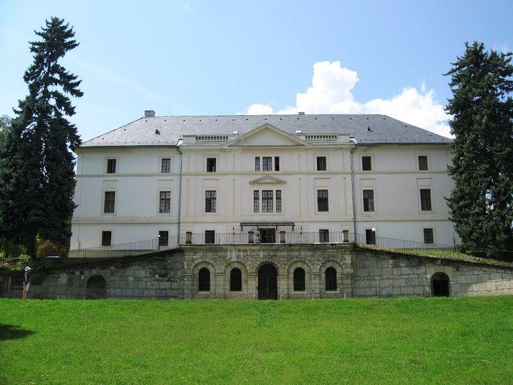 Batthyány-kastély és parkja, Bicske