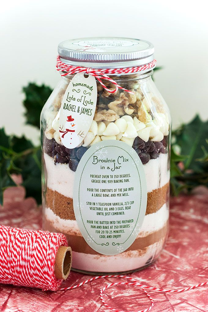 DIY Holiday Gift Idea: Layered Brownie Mix in a Jar | Evermine Blog | www.evermine.com