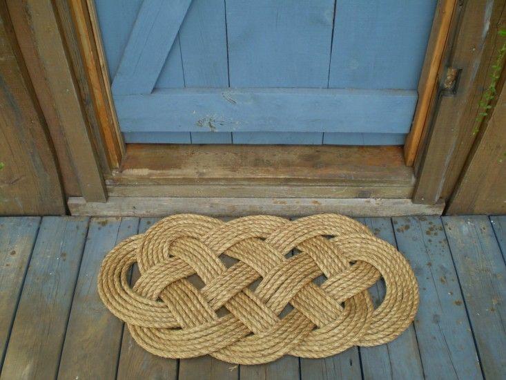 nautical rope mat by Karen: Remodelista