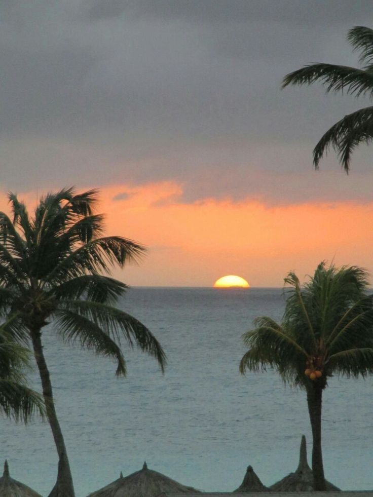 Caribbean Map Aruba%0A Awesome sunset pic in Aruba