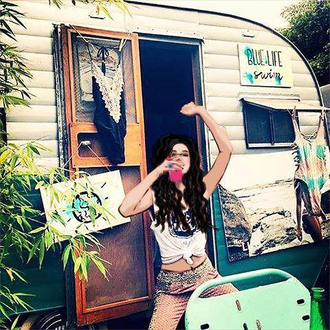 🏕Home is where we park it.  👩🏻🎨Betty & Sam karavan yolculuğunda   #bettyandsam
