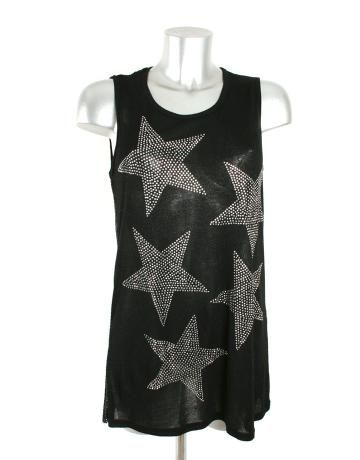SWEEWE PARIS Blusa negra transparente con detalles de estrellas (30€).