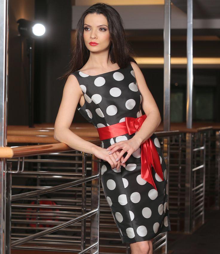 Party time! YOKKO | ss16  #dress #dots #party #outfit #fashion #black #white #yokko #red