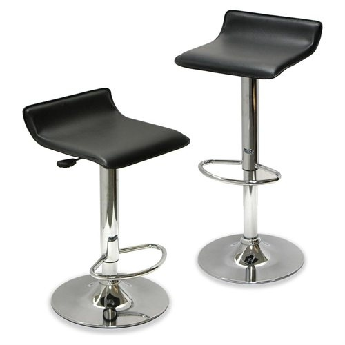 adjustable to different table heights