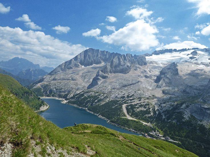 Trekking na geleira Marmolada - Serrai di Sottoguda! http://www.italydolomites.com/trekking/marmolada-glacier-serrai-di-sottoguda/  #dolomitas #alpes #trekking #roteiros #viagens #italia