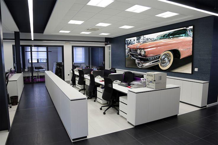 Quadro Decorativo com Moldura Preta Cadillac com Frente Cromada 200x100