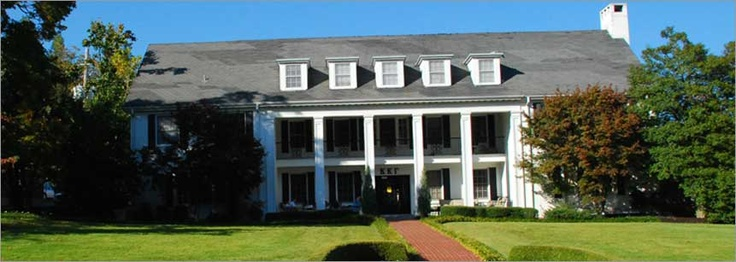 Kappa Kappa Gamma, Gamma Nu Chapter at the University of Arkansas, Fayetteville, AR
