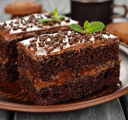 Receta de Tarta de Chocolate Rellena de Crema de Chocolate
