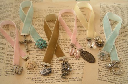 vintage-looking bookmarks - velvet ribbon, vintage jewelry pieces, and ribbon clamps (there's a link for where to purchase) - cute way to use Great-Grandma's jewelry!  Give at Christmas or Mother's day for a sentimental gift?