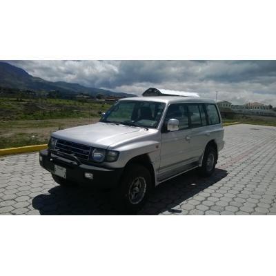 En venta MONTERO BLISTER japon�s 1998, 4x4,5 puertas http://machachi.clicads.com.ec/en_venta_montero_blister_japones_1998_4x4_5_puertas-1970170.html