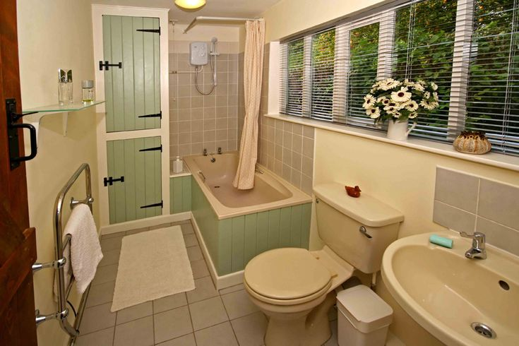 Best 25 Small Cottage Bathrooms Ideas On Pinterest Small Cottage Plans Small Home Plans And