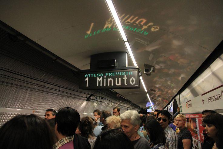 Roma MEtro / Rome Subway (Attesa Prevista - 1 Minuto)