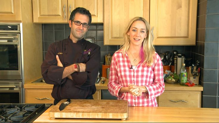 Cooking Classes: How to Enhance Your Knife Skills #kriscarr #crazysexykitchen #cooking #vegan