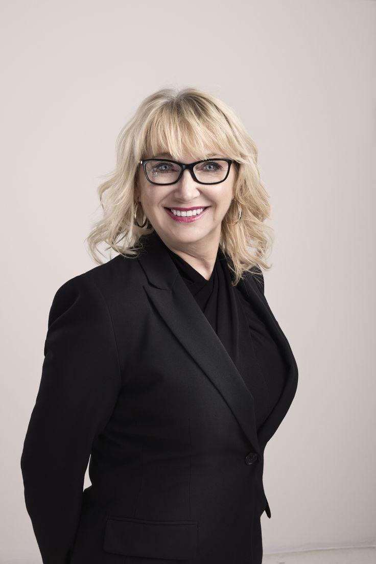 Louise Duplessis - réceptionniste médicale   Clinique Chloé médico-esthétique