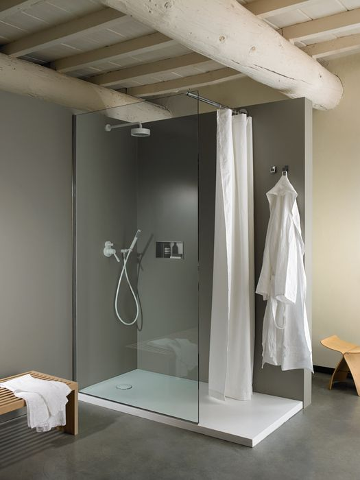 Agape, Shower tray PDX - Flat D system. #agapedesign - White Ceramilux® shower tray in a glossy or matt finish. Perfect to complete Flat D type 0 or X showers. Learn more on agapedesign.it