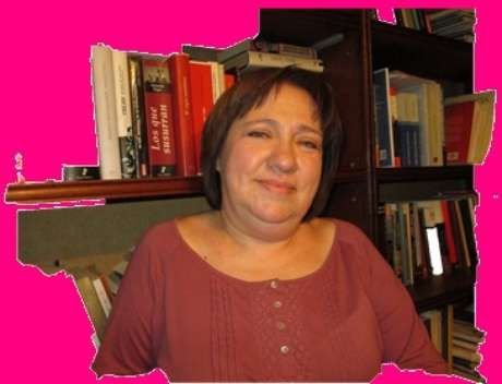 Olga Ulianova (URSS, February 23, 1963-Santiago, December 29, 2016) was Russian historian, born in the Soviet Union, nationalized Chilean. She specialized in contemporary history, Cold War, communism Chilean and international movement, and the international non-state networks. She died of CANCER, at the age of 53, at a clinic in Santiago de Chile.