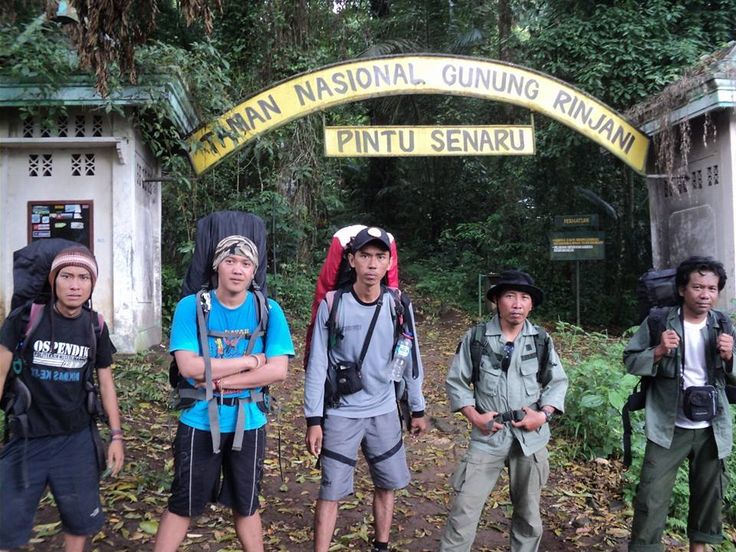 best friends to rinjani