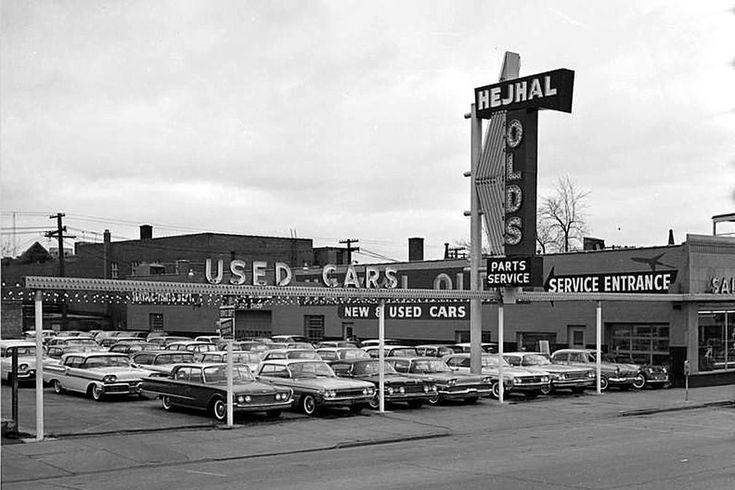 1937 Chrysler Airflow Chicago shopping, Elmhurst