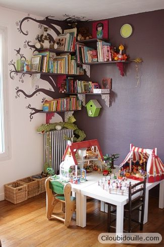 Love, Love, Love!!  Bookshelves built into a tree...eventually E will have his…