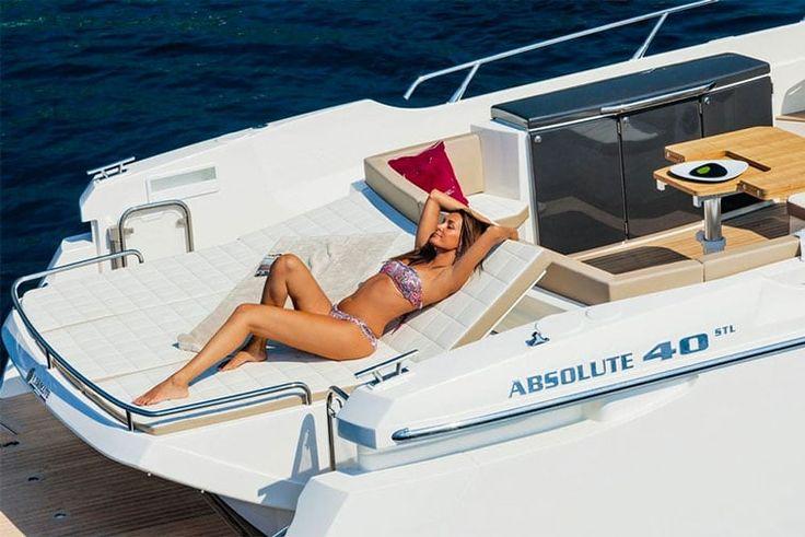 Location yacht charter à Nice - http://www.arthaudyachting.com/location-yacht-charter-nice/ - Arthaud Yachting - Yacht charter Cannes : http://www.arthaudyachting.com/