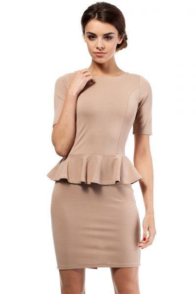 Elegant dress with cut pencil