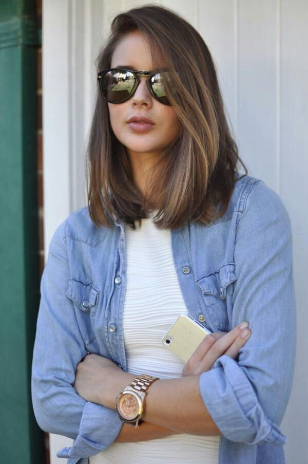 Medium length hair doesn't have to be the same basic cut. It can be chic and show off your personal style by using hairstyles and cuts to create body, volume and style. Check out these medium length hairstyles with layers (or fake layers) and take a copy of your favorite one to your next hair …
