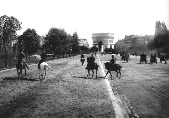 (before the grat flood) L' Avenue Foch (ancienne Avenue du Bois de Boulogne) – Neurdein brothers – Circa 1900N