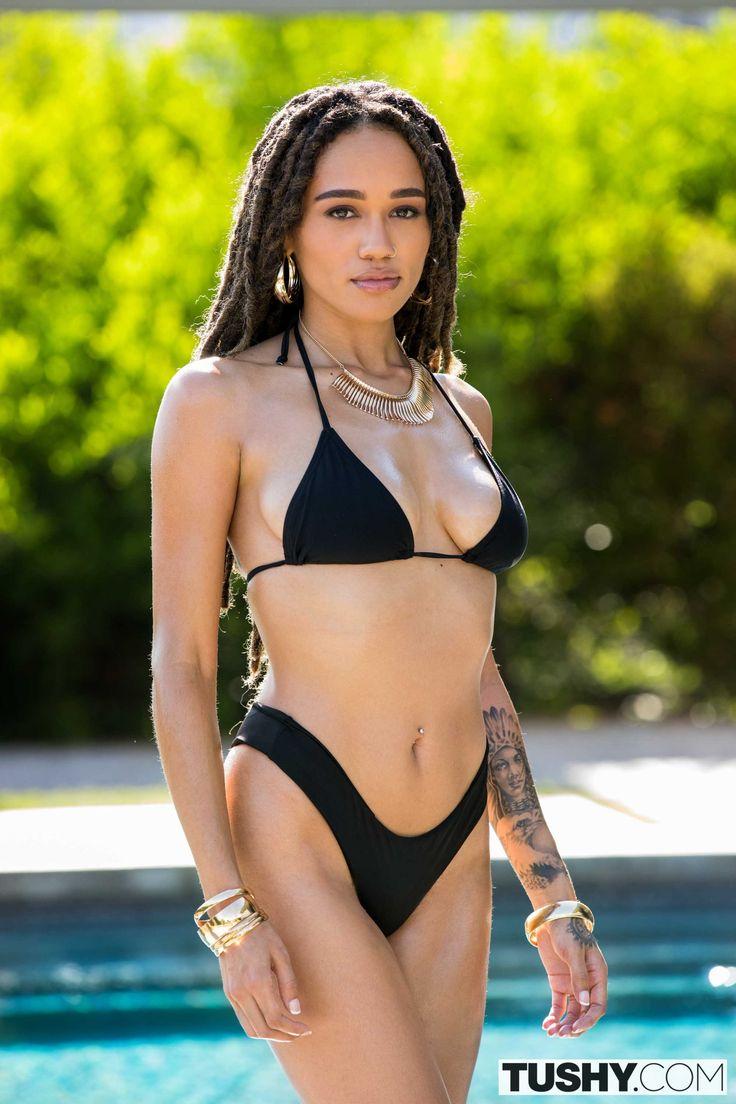 julie kayy