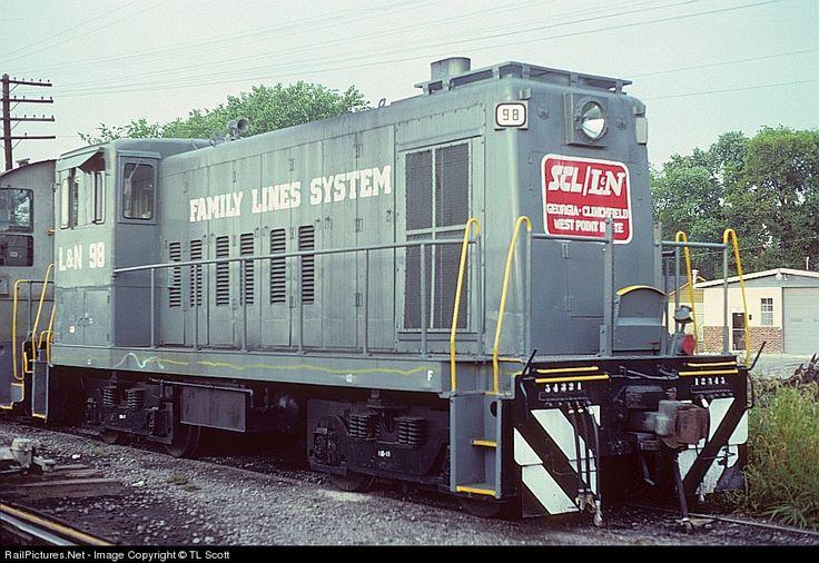 Photo LN 98 Louisville & Nashville GE 70