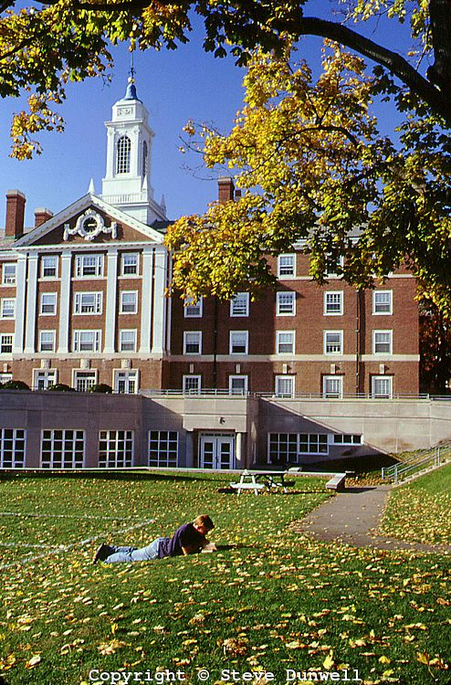 autumn in the quad, Harvard University campus, Cambridge, MA│Steve Dunwell
