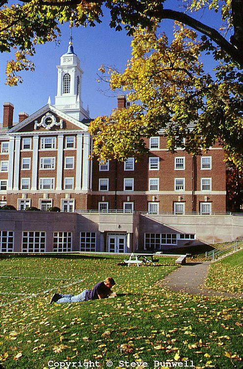 autumn in the quad, Harvard University campus, Cambridge, MA│Steve Dunwell