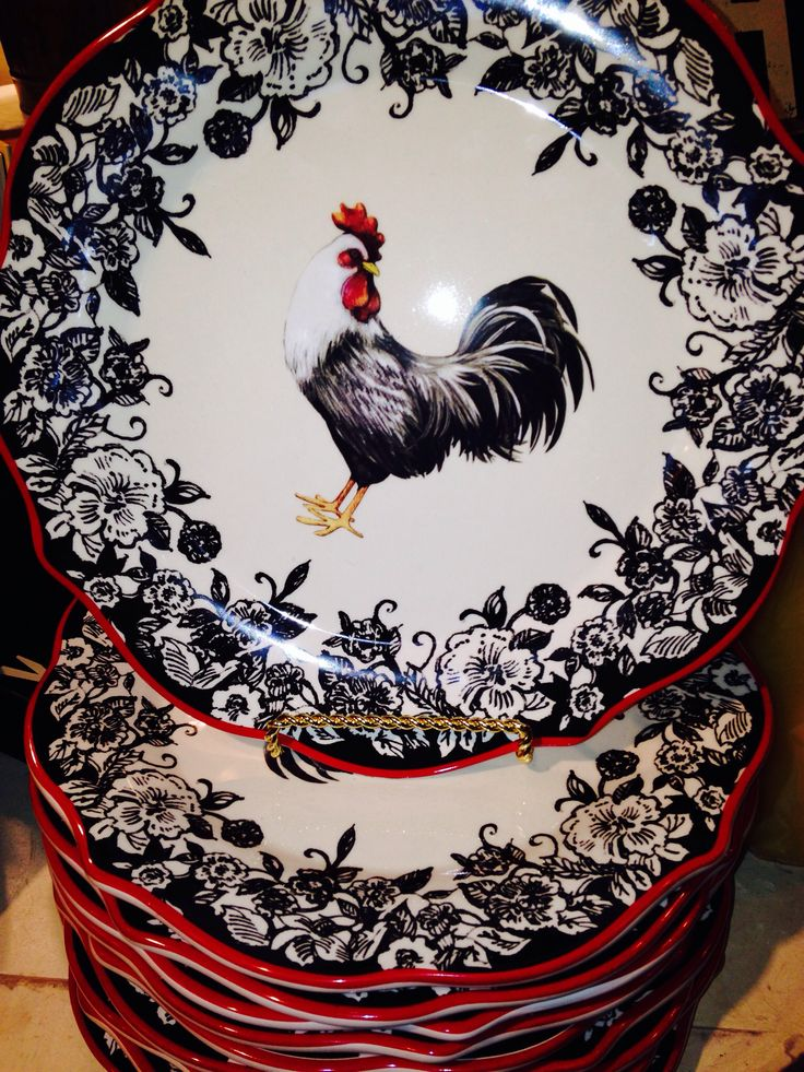 Rooster Plates photo by Terry Spradlin- I have some of these plates and accessories... love them !
