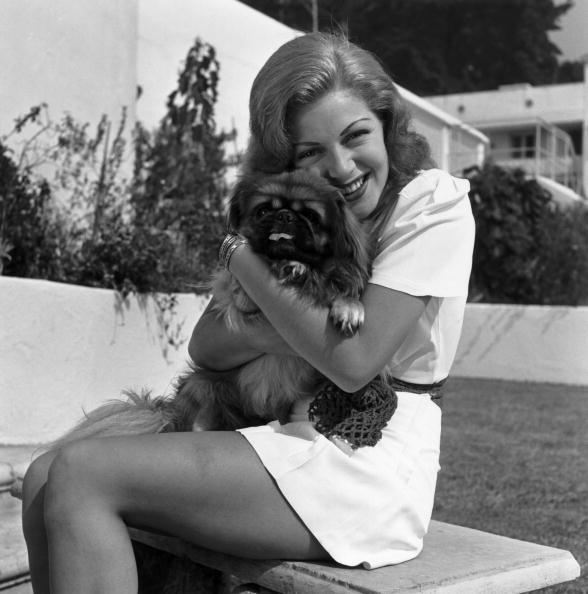 Lana Turner and Pekingese pal