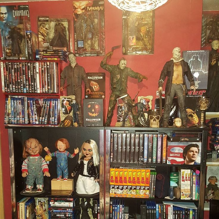 Backs in agony after cleaning #myroom so damn #tired too. So most likely just gonna go to #sleep now earliest in a long time so least thats one good thing . I'm also #bored so heres my #room #setup  because hey I can #post what I want . #horror #collectables #neca #mcfarlanetoys #DVDs #bluray #videogames #movies #wwe #ironmaiden #posters #sincity #FridayThe13th #Halloween #nightmareonelmstreet #chucky #texaschainsawmassacre #deadpool #marvel #spawn #HarleyQuinn #bed